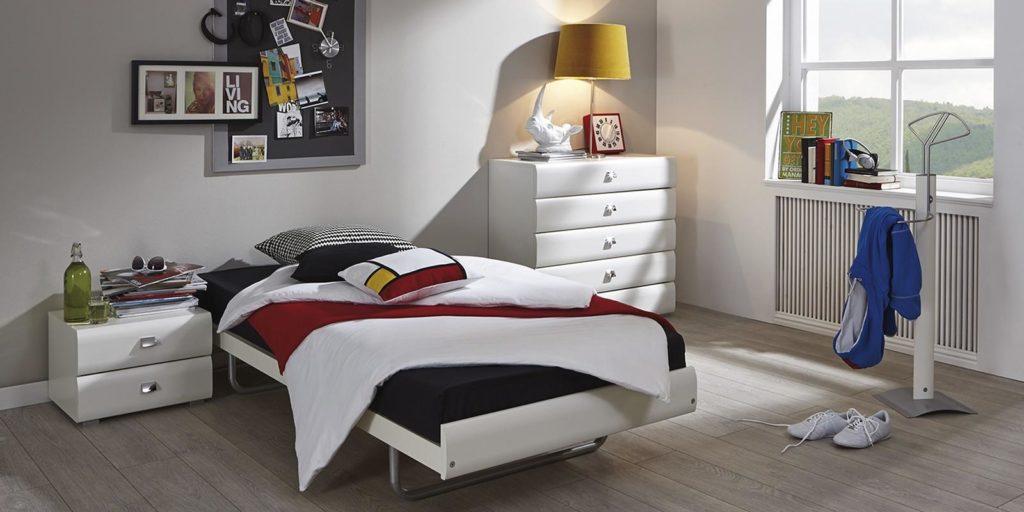 Hasena-Einzelbett weiß mit Nachttisch und Schubladenschrank