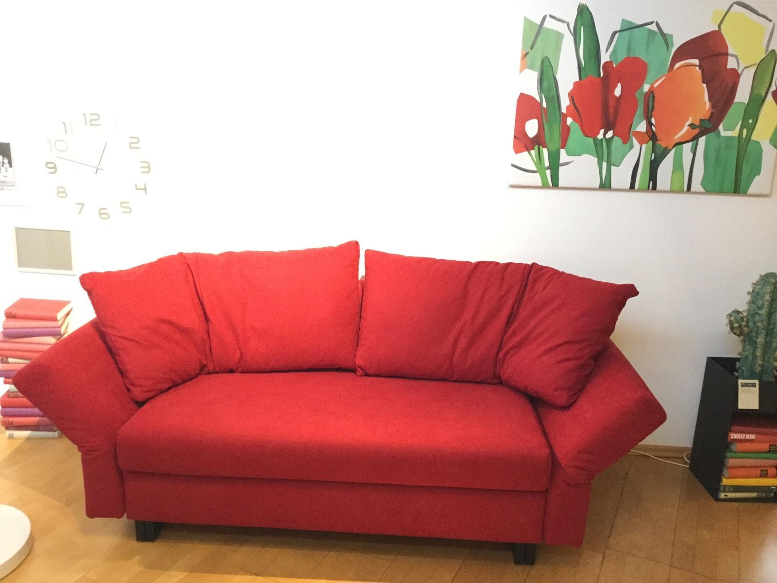 Möbel Weimer Hausausstellung - Rotes Sofa