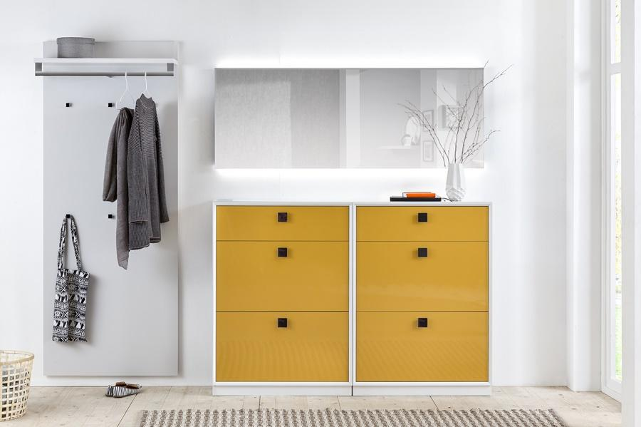 Sudbrock -Garderobe weiß-maisgelb
