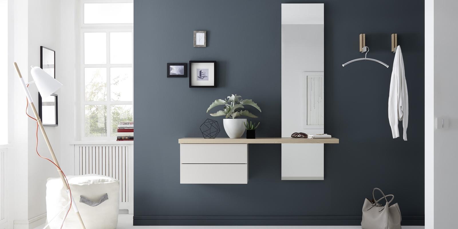 Sudbrock- Garderobe weiss-blau mit Regal und Wandhaken