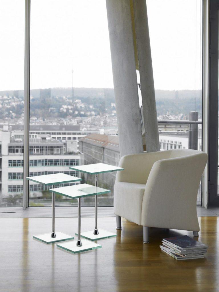 Bacher - Drei Beistelltische aus Glas in verschiedenen Höhen