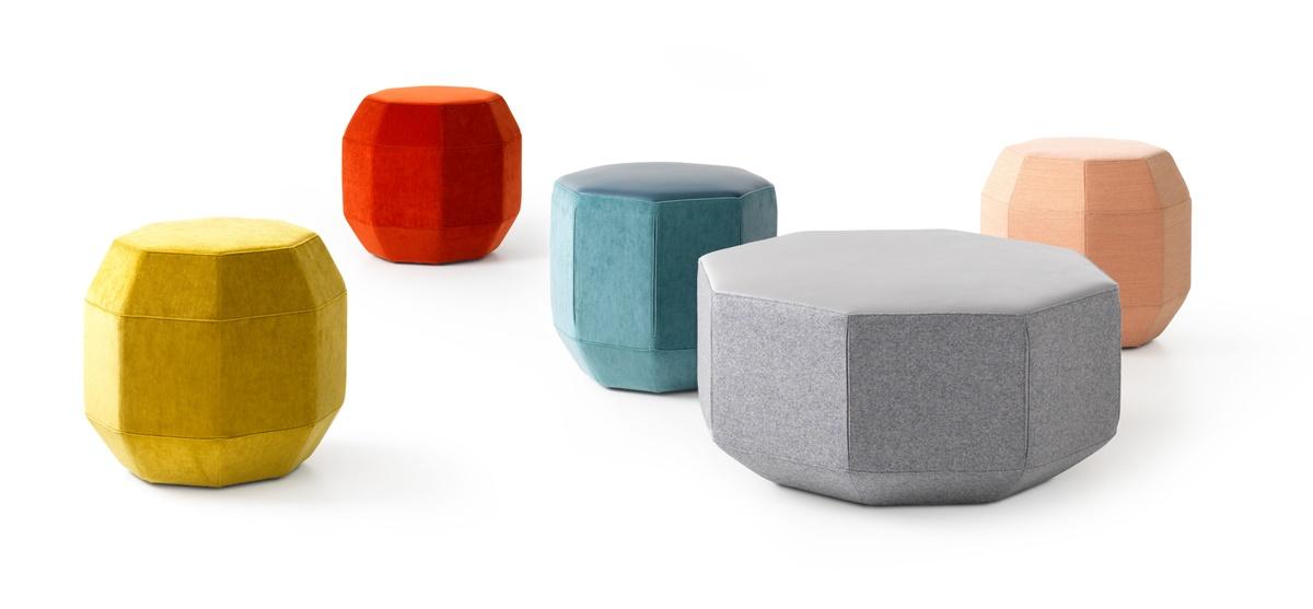 Leolux Sitzelemente in verschieden Formen und Farben